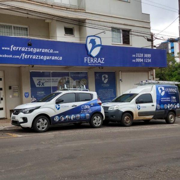 Fachada Ferraz